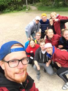 Ungdomsgänget som var med på Lekisonsdag, några fattas från bilden men såhär roligt hade vi det!